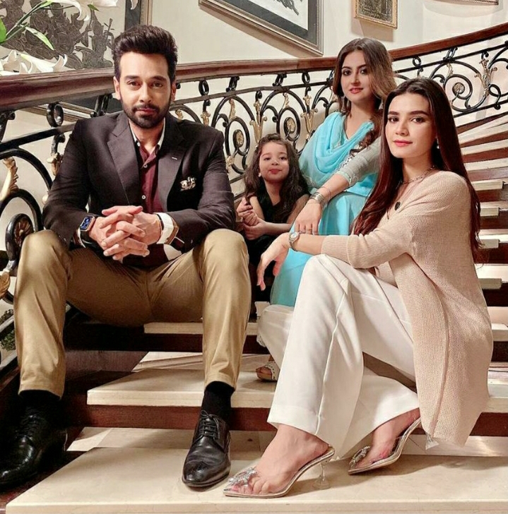 FAYSAL QURAISHI TAKES ON A POWERFUL ROLE IN AN UPCOMING STAR-STUDDED DRAMA SERIAL 2